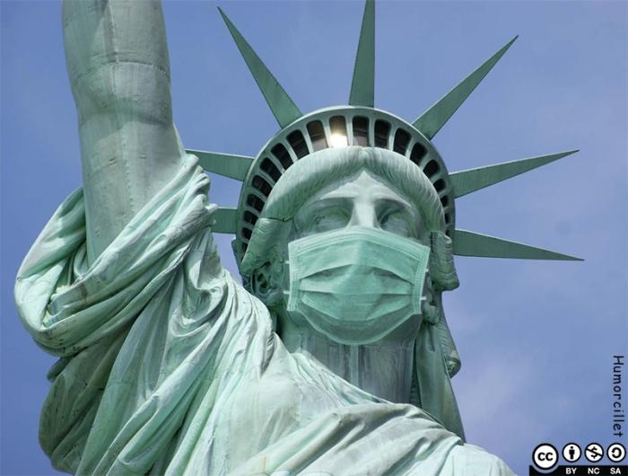 estatua libertad coronavirus